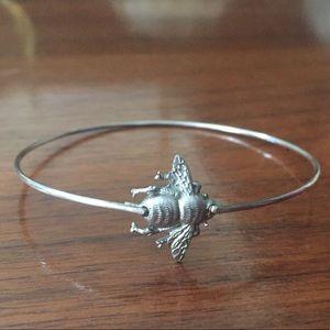 Beautiful Queen Bee bangle bracelet 🐝 handmade